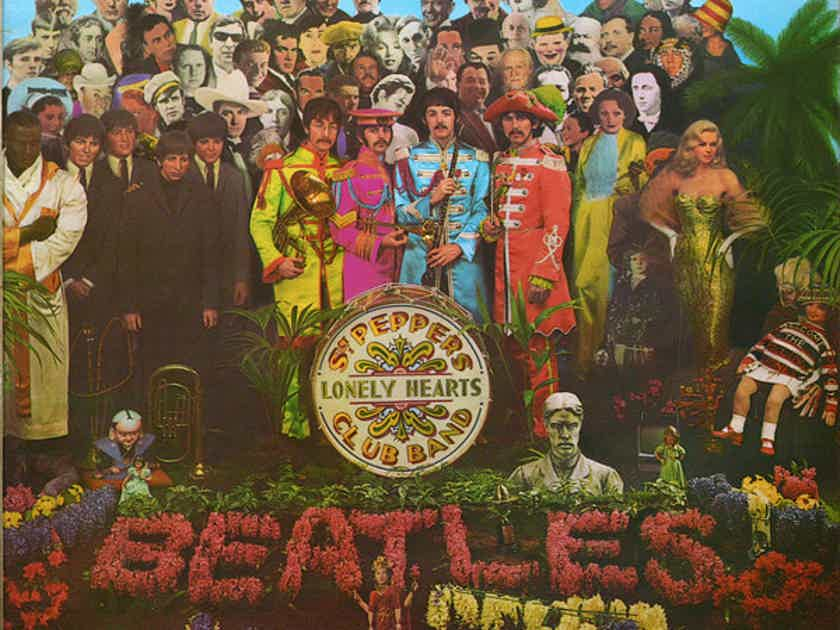 The Beatles  Sgt. Pepper's Lonely Hearts Club Band - Capital Records