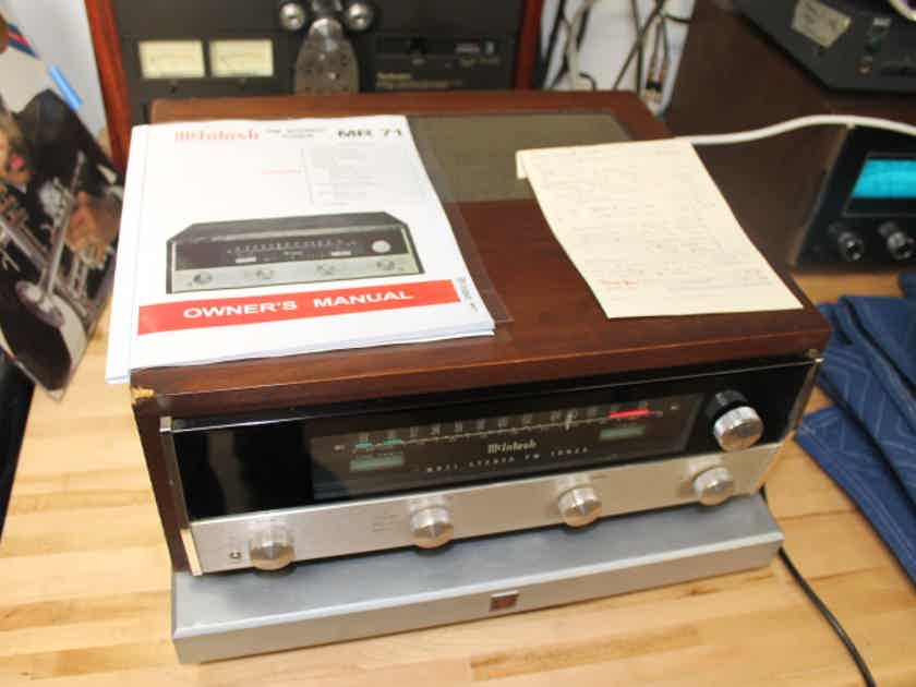 McIntosh MR71 Tube Tuner in Cabinet in very good condition