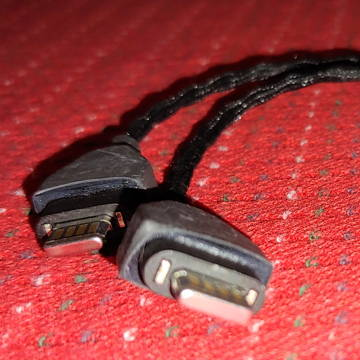 "Double Helix Cables ""Triple Threat"" Adapter"