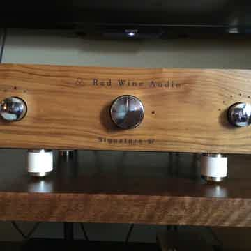 Red Wine Audio Signature 57 w/Tube Input Option and Bat...