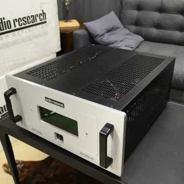Audio Research Reference 210