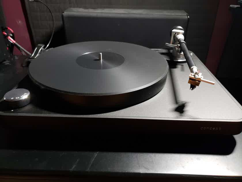 Clearaudio Concept Turntable with great reviews