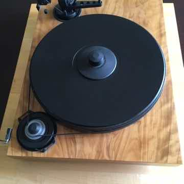 Pro-Ject Turntable/ Dynavector Cartridge/ Pro-Ject Phon...