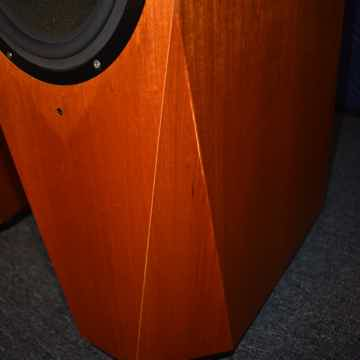 Avalon Acoustics Eidolon Diamond