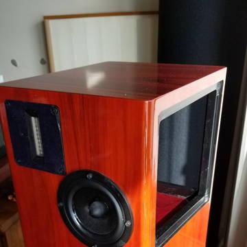 Left speaker - top right side