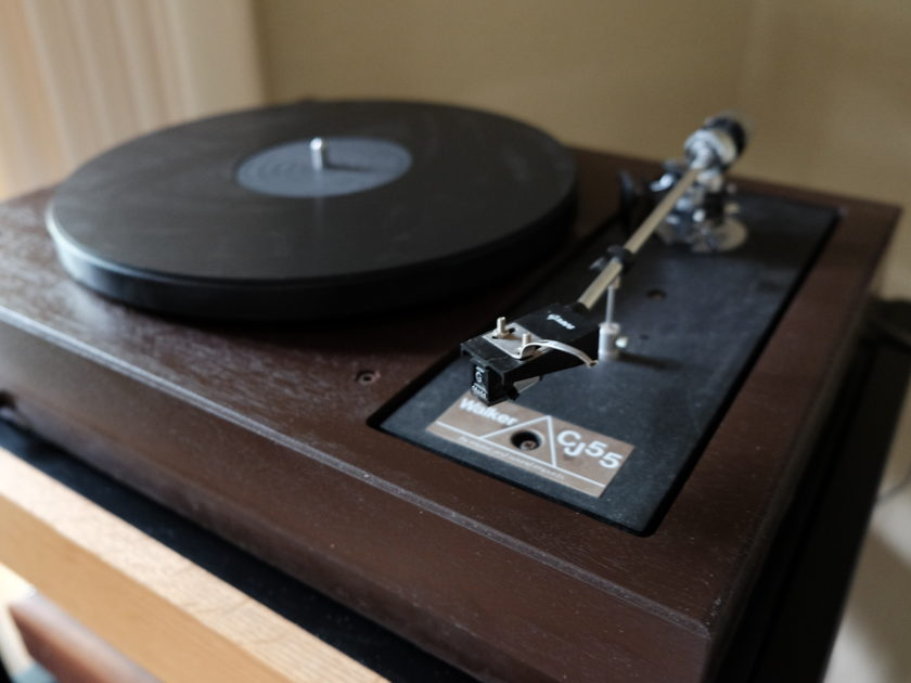 CJ Walker CJ 55 Turntable w/ Grace tonearm