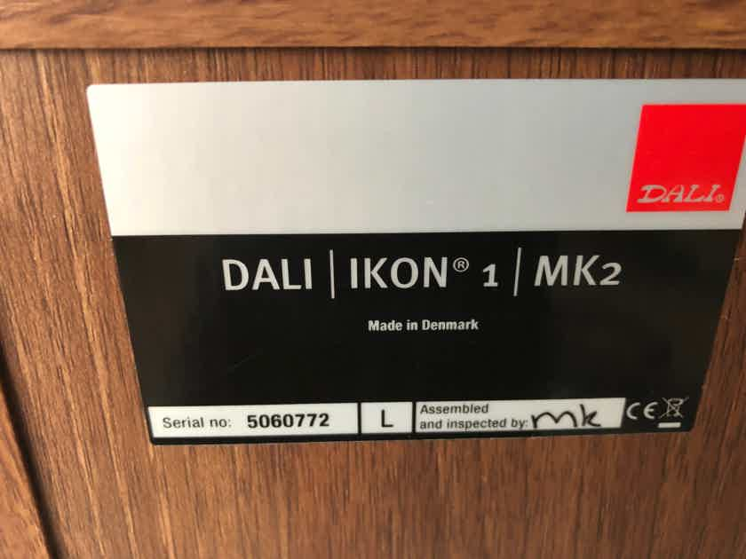 DALI Ikon 1 - $100 PRICE DROP!!  Amazing little speakers in as new condition PRICE IS FIRM