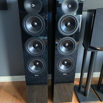 Revel Concerta2 F36 in Gloss Black