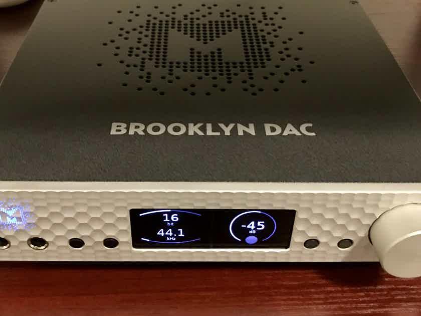 Mytek Brooklyn DAC with MQM, Silver finish