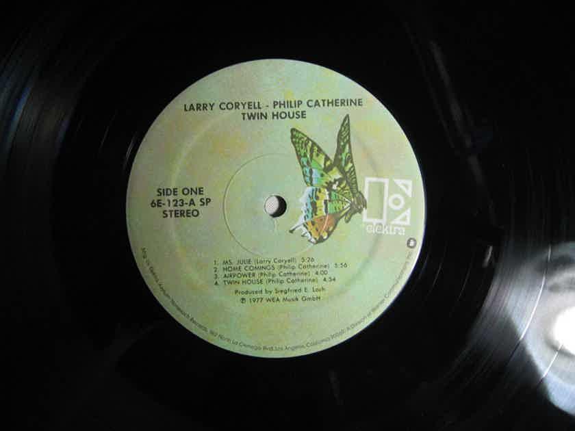 Larry Coryell & Philip Catherine - Twin-House - 1977 Elektra 6E-123