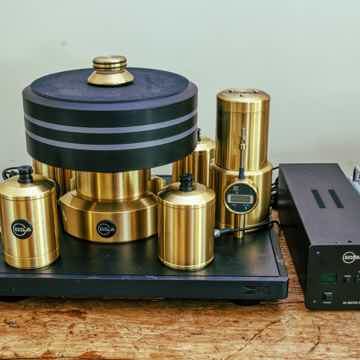 Stabi XL4 - Four Motor Turntable with Gauge