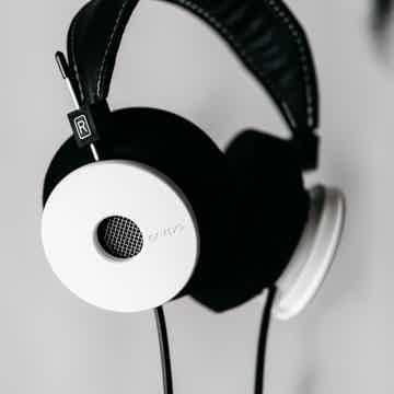 The White Headphones
