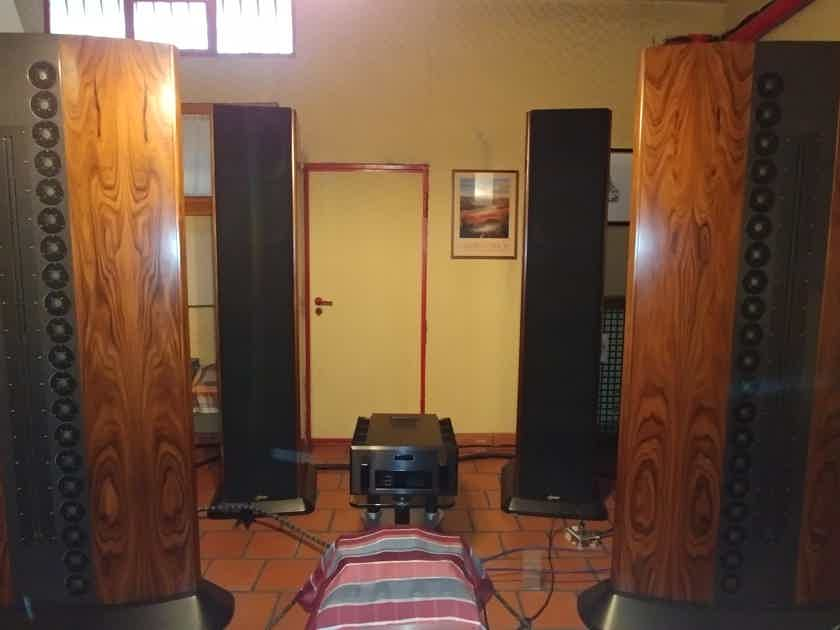 PERFECT Loudspeaker Genesis Technologies System One with SPARE PARTS