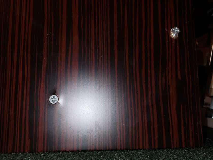 Dynaudio Excite X18 Compact 2- Way Loudspeaker