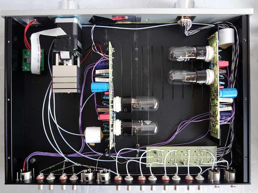 Valvet soulshine8 - 6sn7 based design - showroom demo in mint condition