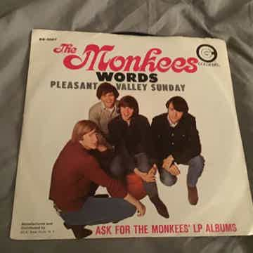 The Monkees Pleasant Valley Sunday/Words 45 With Pictur...