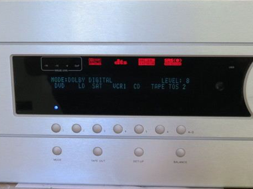 Theta Digital Casablanca  3 with Great dacs - Nice condition ! Upgradable !