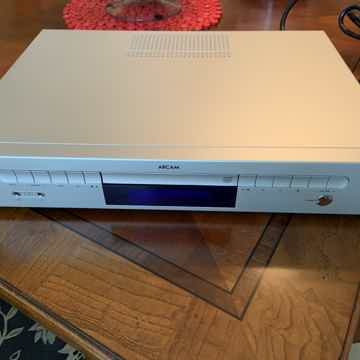 Arcam & Musical Fidelity Solo Music System CD/Receiver