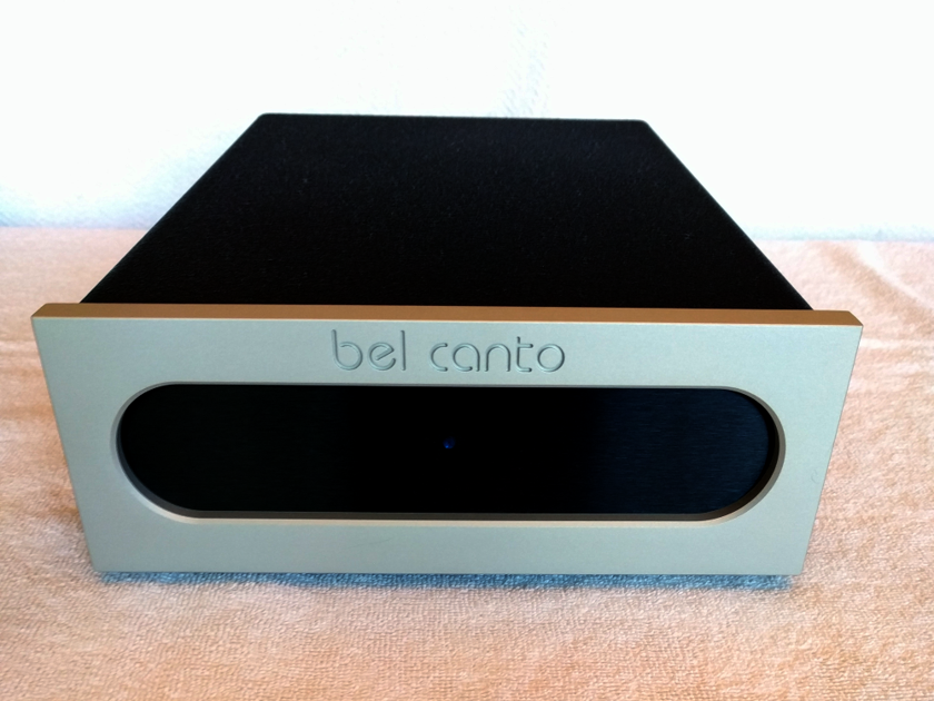 Bel Canto Design REF150S stereo power amplifier