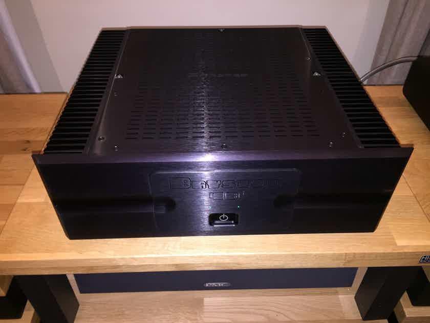 Bryston 4b3 300wattx2  complete with box