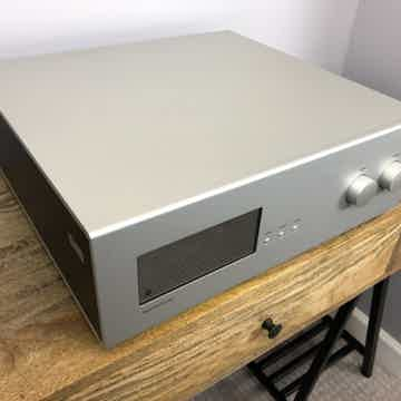 Soulution - 725 Preamplifier  - Finest Preamp  - Custom...