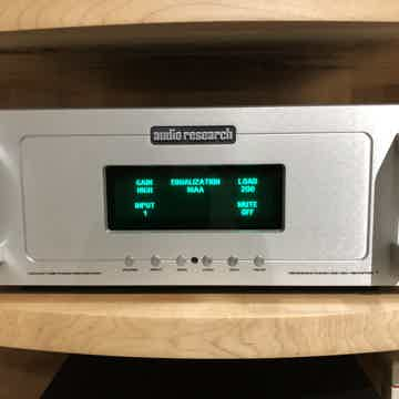Reference 2SE Phono Preamp - Like-New