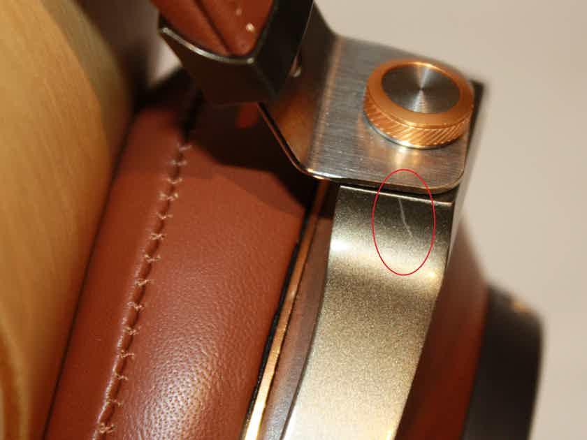 Klipsch Heritage HP-3 Headphones in Walnut.