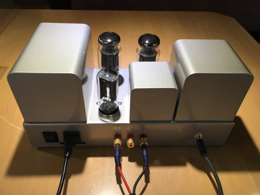 Quad 2 Forty Power Amp