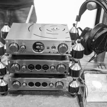 ifi Audio Reference Grade DAC - Audeze SALE Pro iDSD DA...