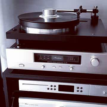 Holbo Airbearing Turntable System in action