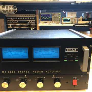 McIntosh MC2500 Solid State Amplifier - Collector Set -...