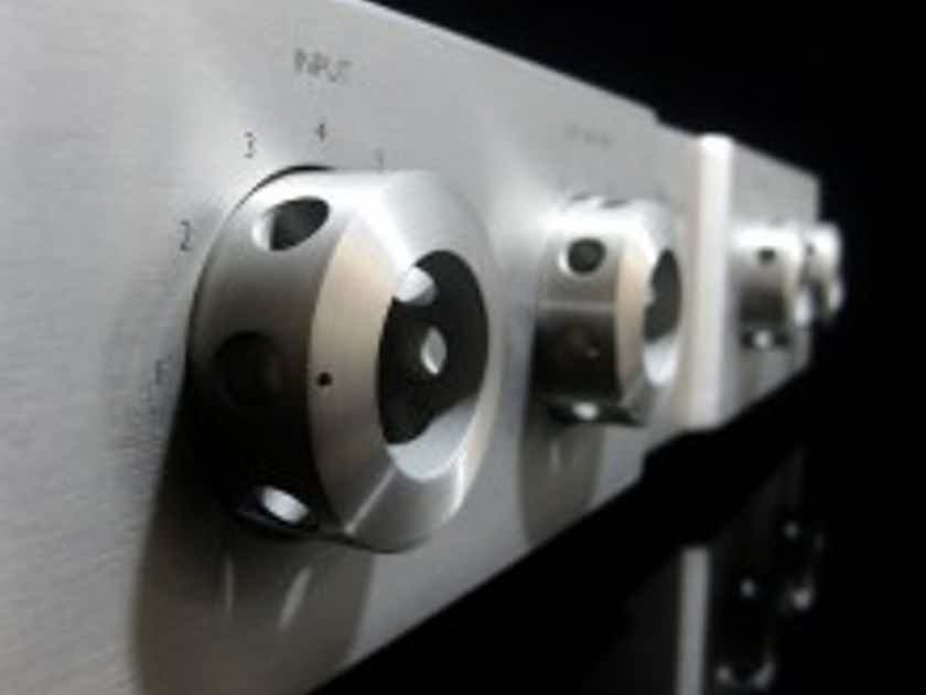 Viola Audio Labs Cadenza Preamplifier