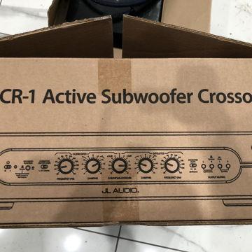 CR-1 crossover