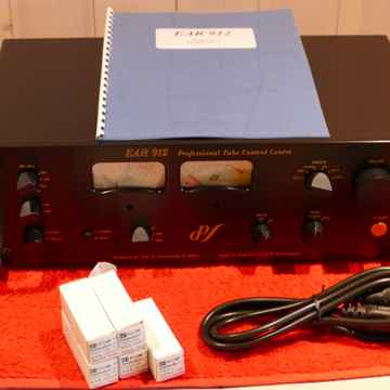 EAR 912 Tube Preamplifier