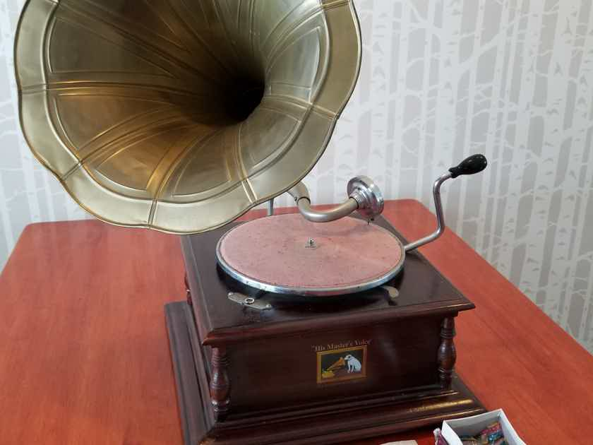 His Masters Voice Gramophone Gramophone - NOT a reproduction