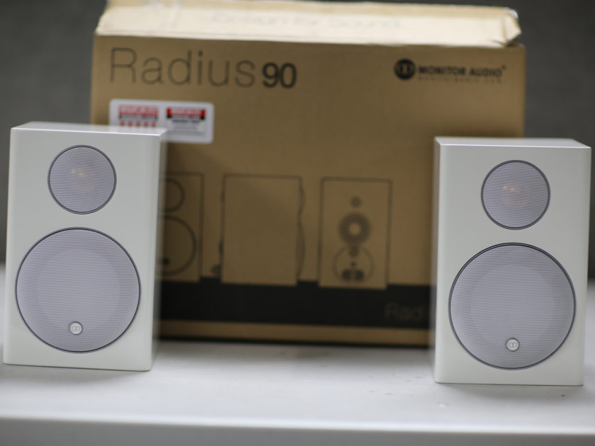 Monitor Audio  Radius 90 Bookshelf Speakers(pair) Authorized Seller/full warranty/free shipping !