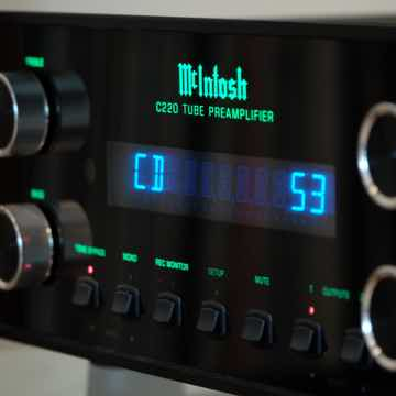 McIntosh C220