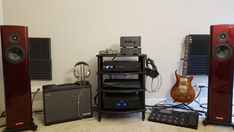 creditingkarma's Main Speaker System