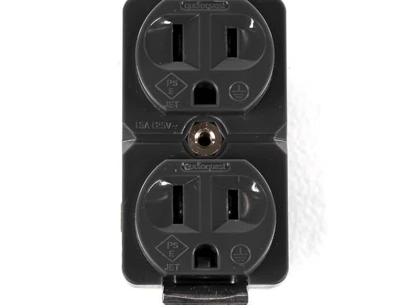 Audioquest NRG Edison 15 Wall Outlet; 15A (28844)