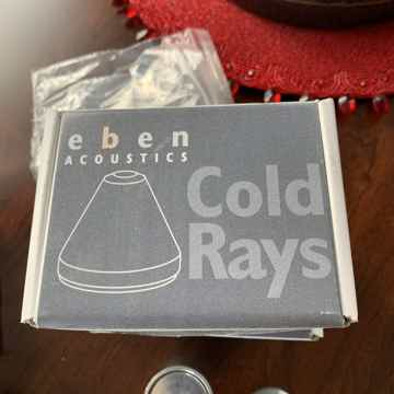 COLD RAY 4 VIBRATION & ISOLATION CONES Pyramid Cones