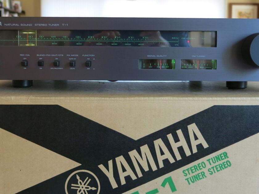 Yamaha T-1 AM-FM Tuner