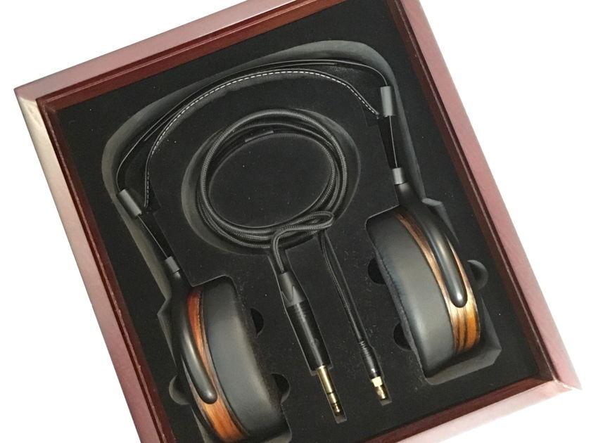 Hifiman HE-560 Full Size Planar Magnetic Headphone