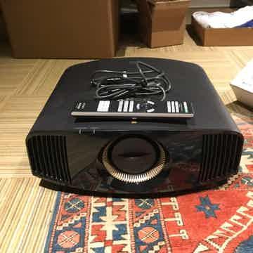 Sony VPLW365ES