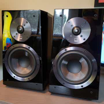 Seas and Parts Express DIY Seas 27TDFC and RS180 DIY Speakers