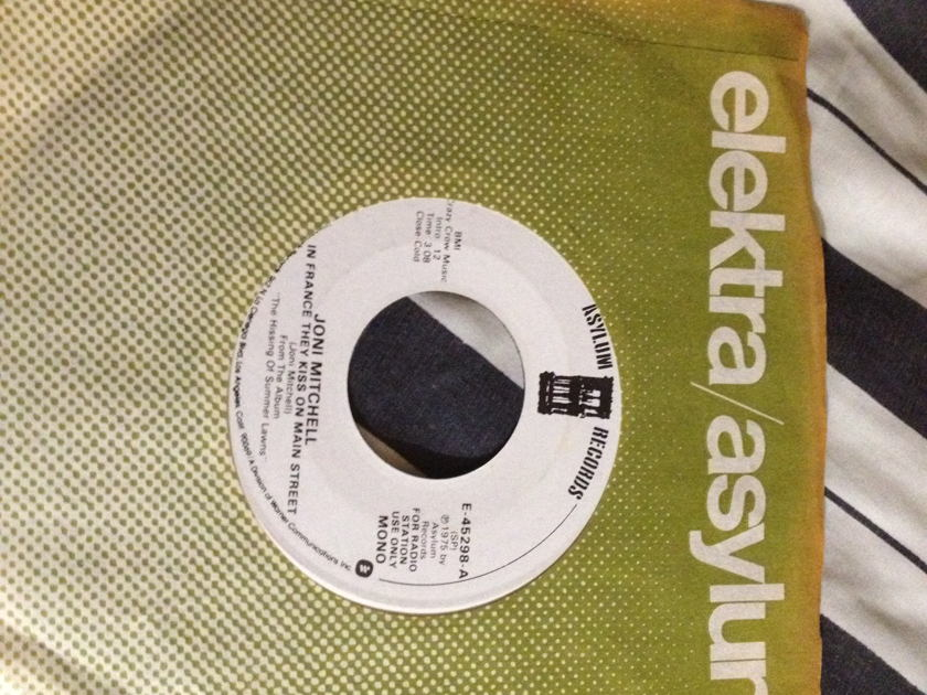Joni Mitchell - In France They Kiss On Main Street Promo 45 Mono/Stereo