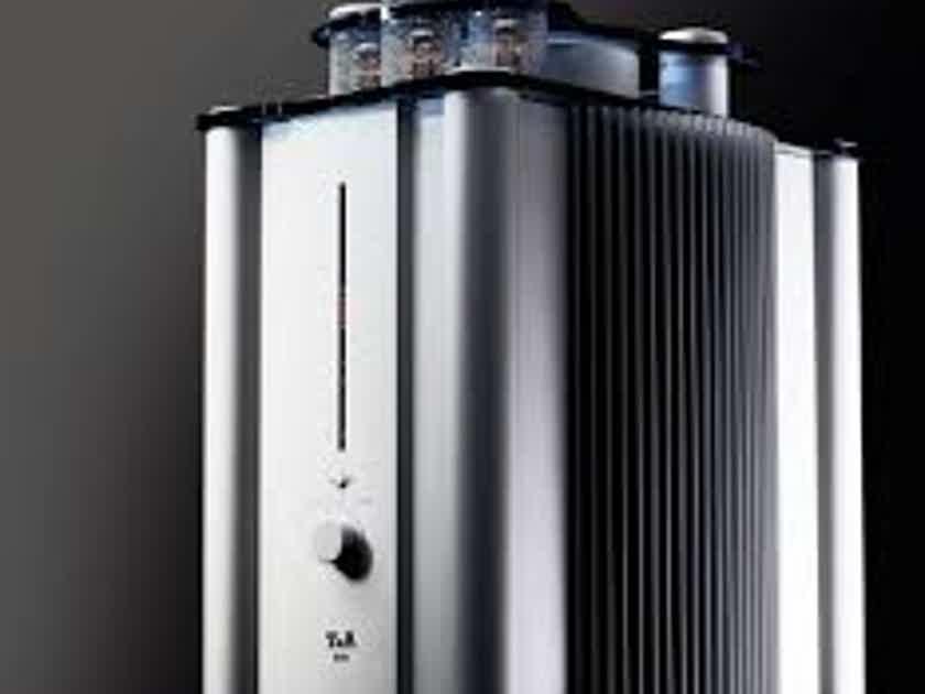 T+A Elektroakustik M10 Mono blocks Silver with Blue Glass Personal pair.