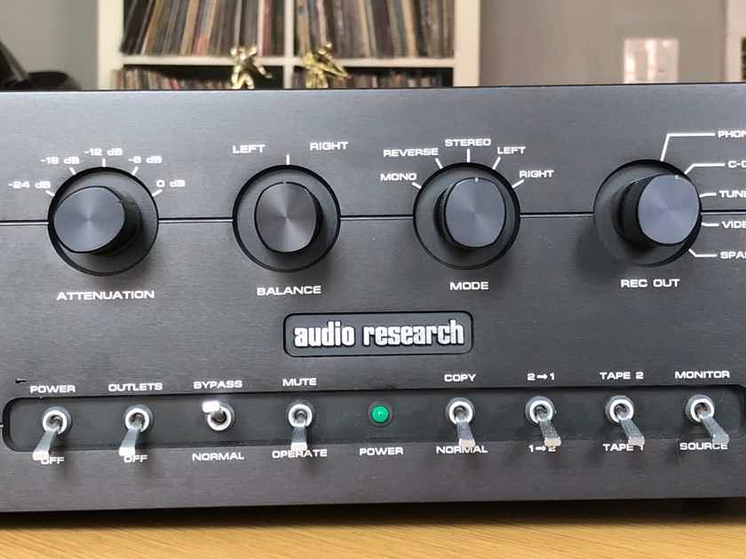 Audio Research SP-14 AR SP-14 Hybrid Pre-amp