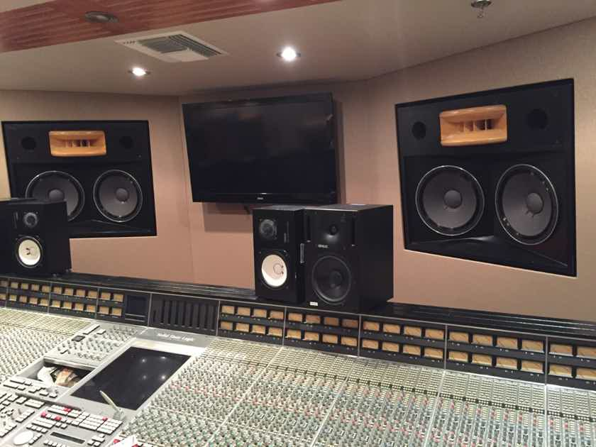 Augspurger Passive studio monitors