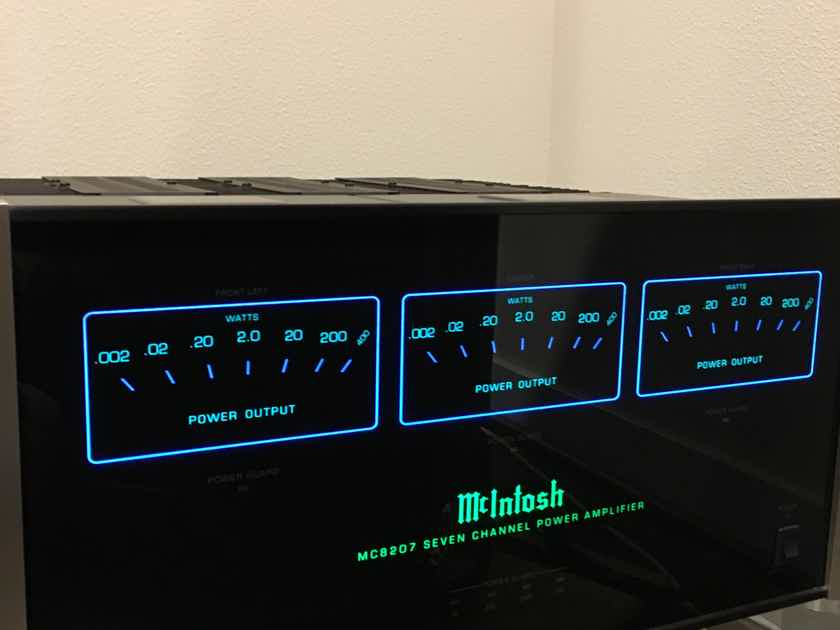 McIntosh MC8207 Amplifier 200 watts x 7 channels of clean power, one owner in new condition