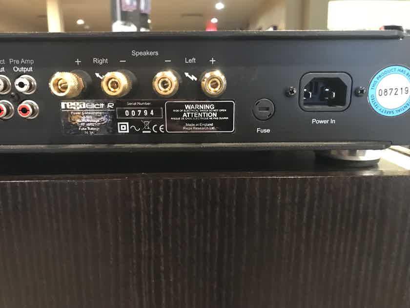 Rega Elicit R Integrated Amplifier – Black Finish –DEMO/DISPLAY